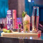 KOOLTHO Kit Cocktail Shaker Boston, Inox et Verre, Doseur Alcool et Accessoires Cocktail | Set Cocktail Professionnel dans un Coffret Cadeau Premium | Jouez-la Pro! de la marque KOOLTHO image 2 produit