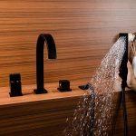 Kunmail Cascade Mélangeur 4trous robinet mitigeur de baignoire avec douche à main en solide Noir de la marque KunMai image 2 produit